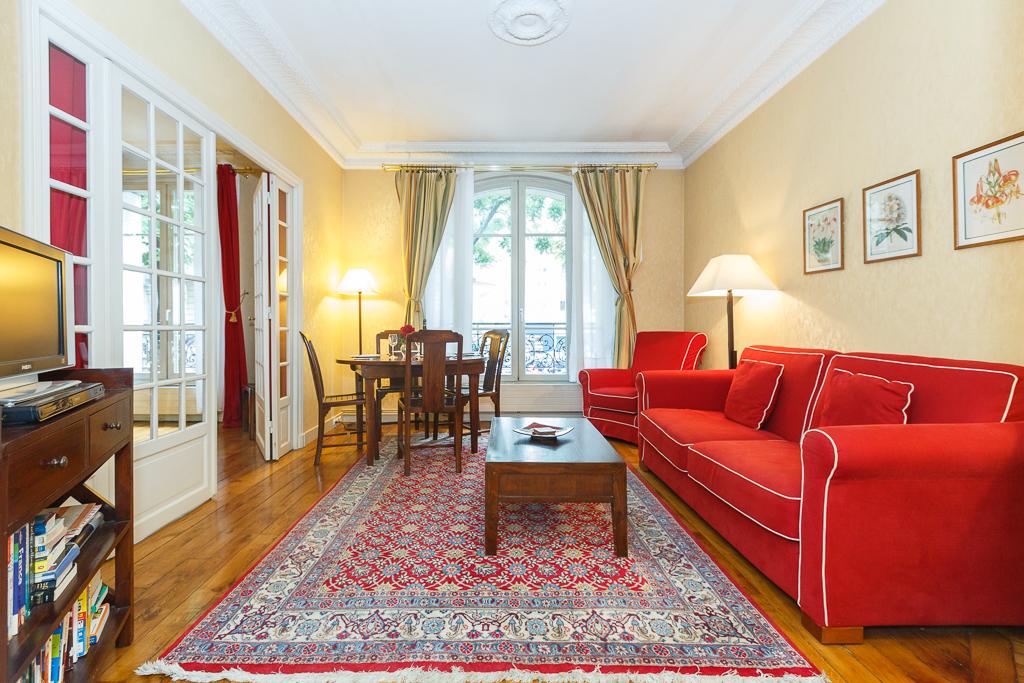 Vacation Apartment In Paris Clair De Lune Two Bedroom